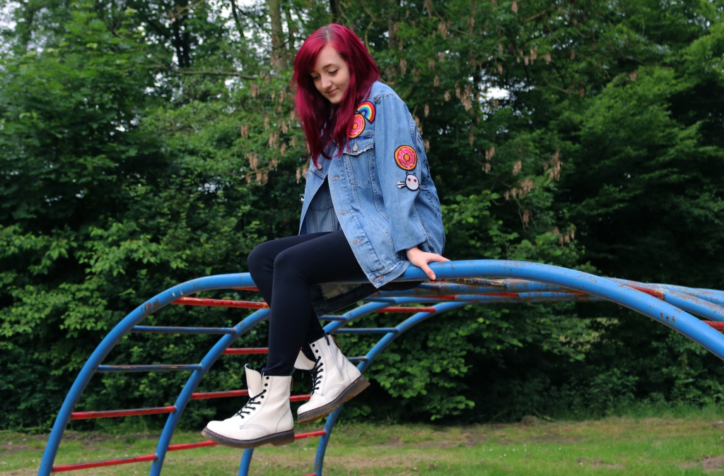 Girlfriend Jeansjacke Front Playground Outer Space Style