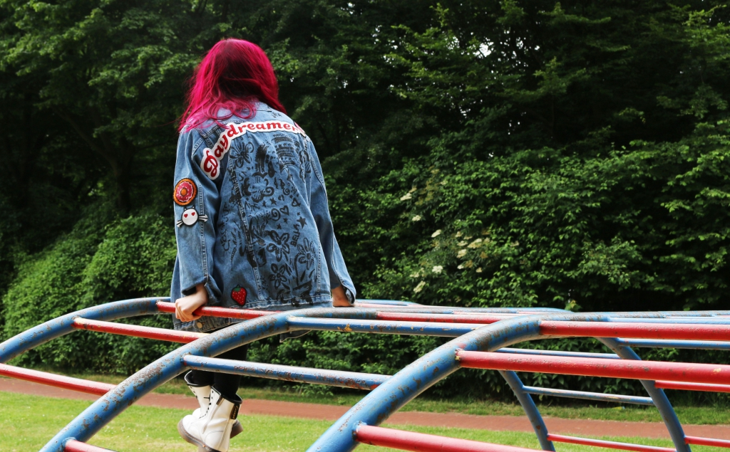 Girlfriend Jeansjacke Outer Space Style