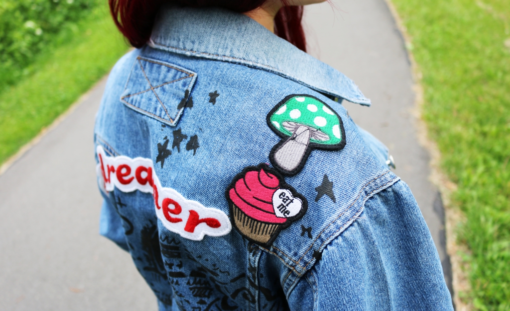 girlfriend-jeansjacke-ruecken-outer-space-style